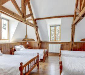 Fabulous 4 bedded room at Chateau de la Vigne, Loire Valley